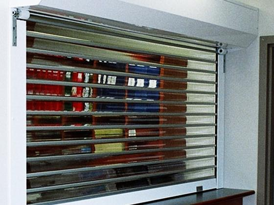 530 Series transparent lexan roll-up door-5