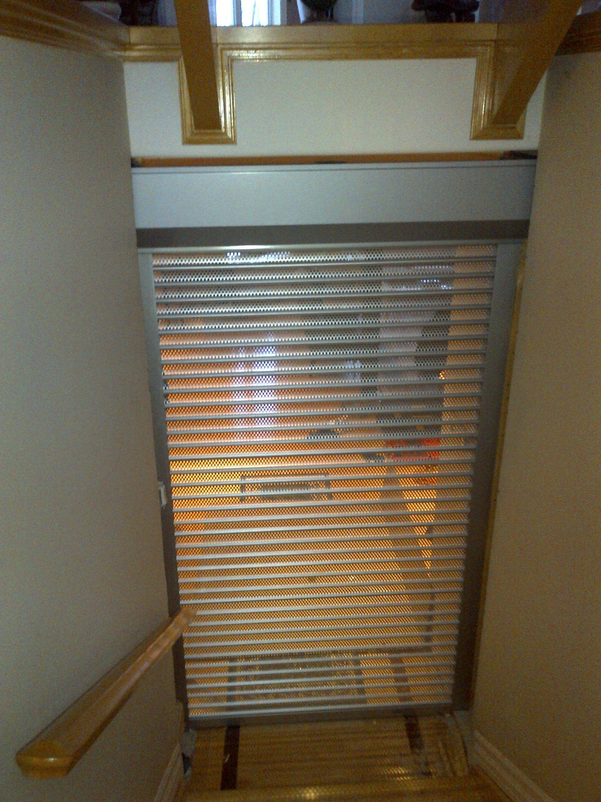 Staircase Rolling Shutter 561 Series