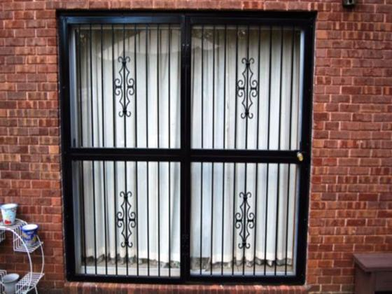 Patio Door Security Gate-2
