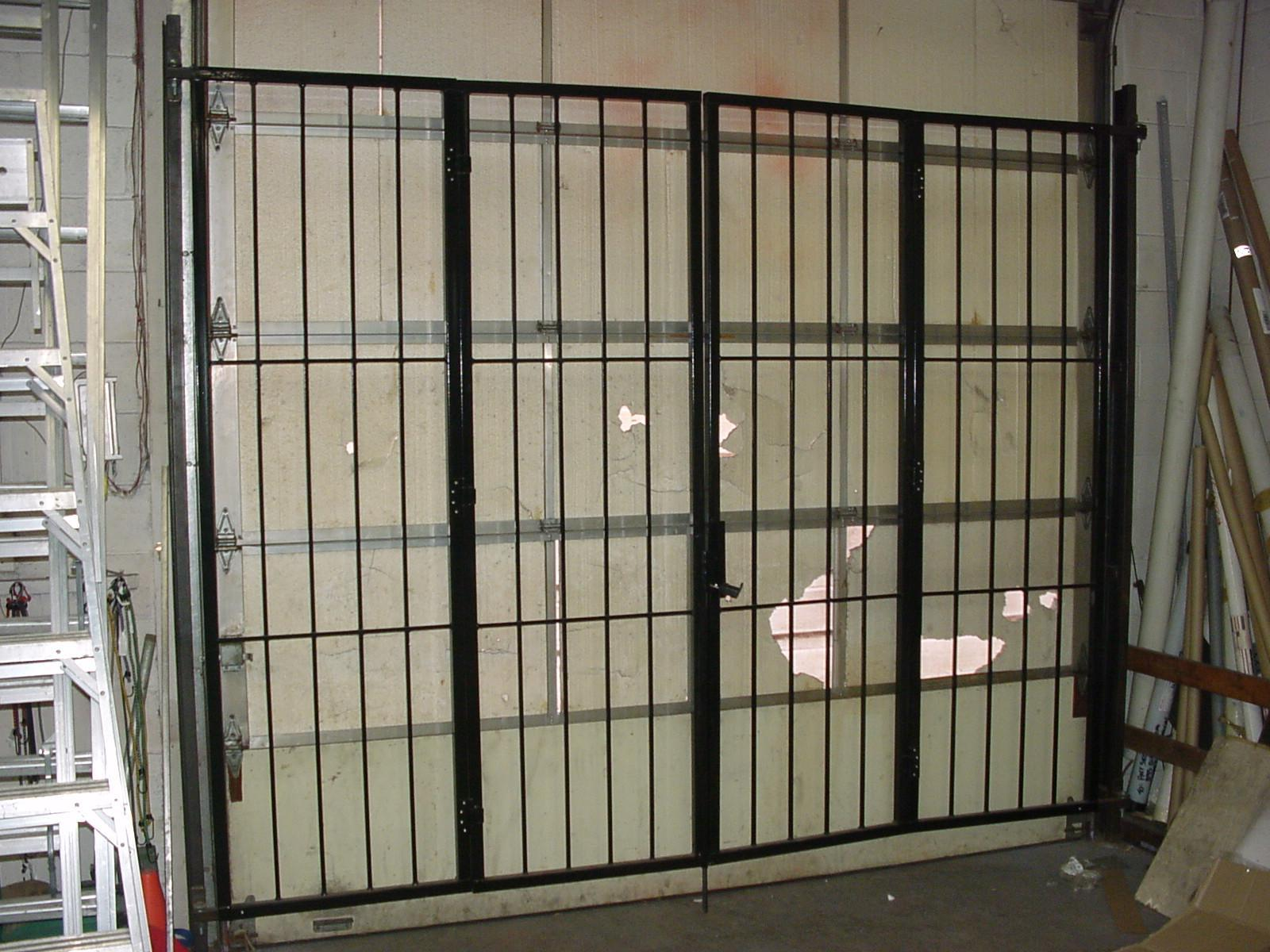 Patio Door Security Gate Z-Bifold gate