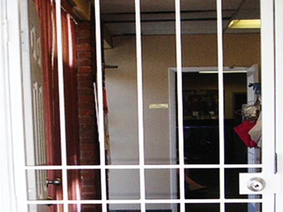 Security Door Gate Commercial Application-1